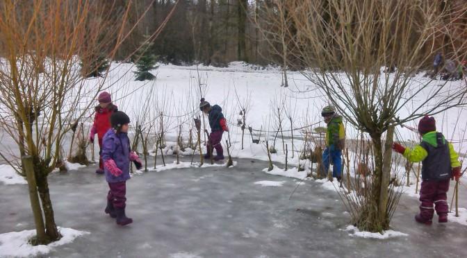 Einige Eindrücke zur Winterszeit im Waldkindergarten