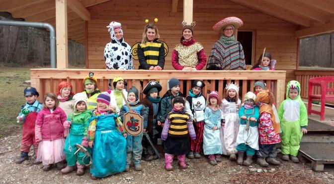 Bilder vom Fasching im Waldkindergarten